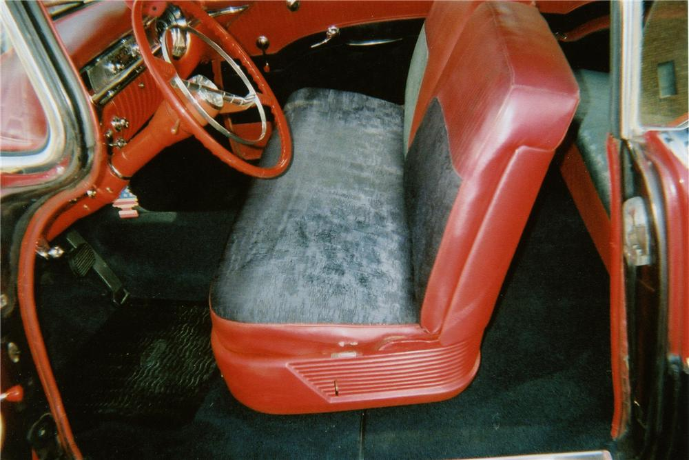 1956 OLDSMOBILE DELUXE 88 HOLIDAY 2 DOOR COUPE - Interior - 137724