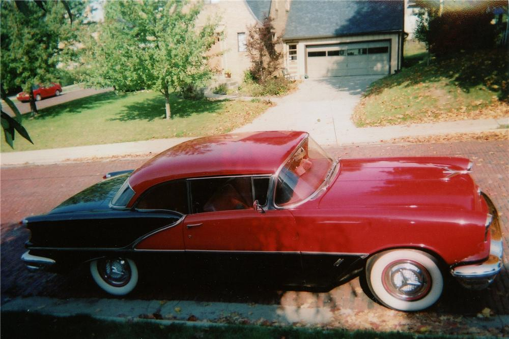 1956 OLDSMOBILE DELUXE 88 HOLIDAY 2 DOOR COUPE - Side Profile - 137724