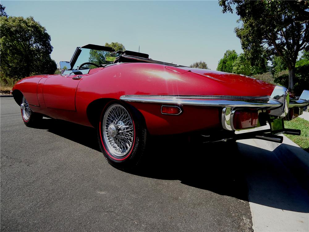 1970 JAGUAR XKE ROADSTER - Rear 3/4 - 137726