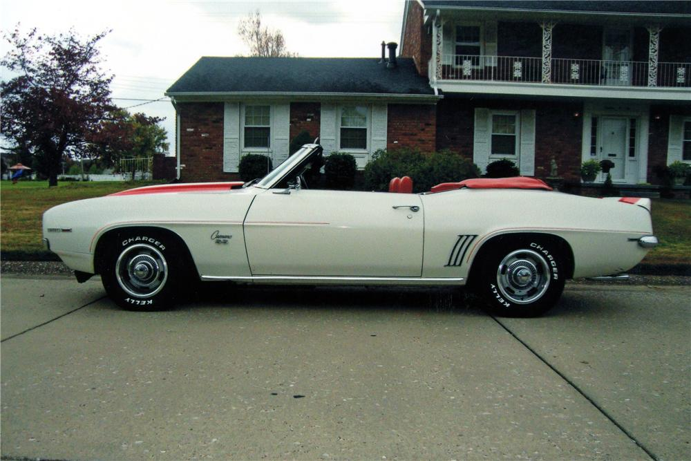 1969 CHEVROLET CAMARO INDY PACE CAR CONVERTIBLE - Side Profile - 137732