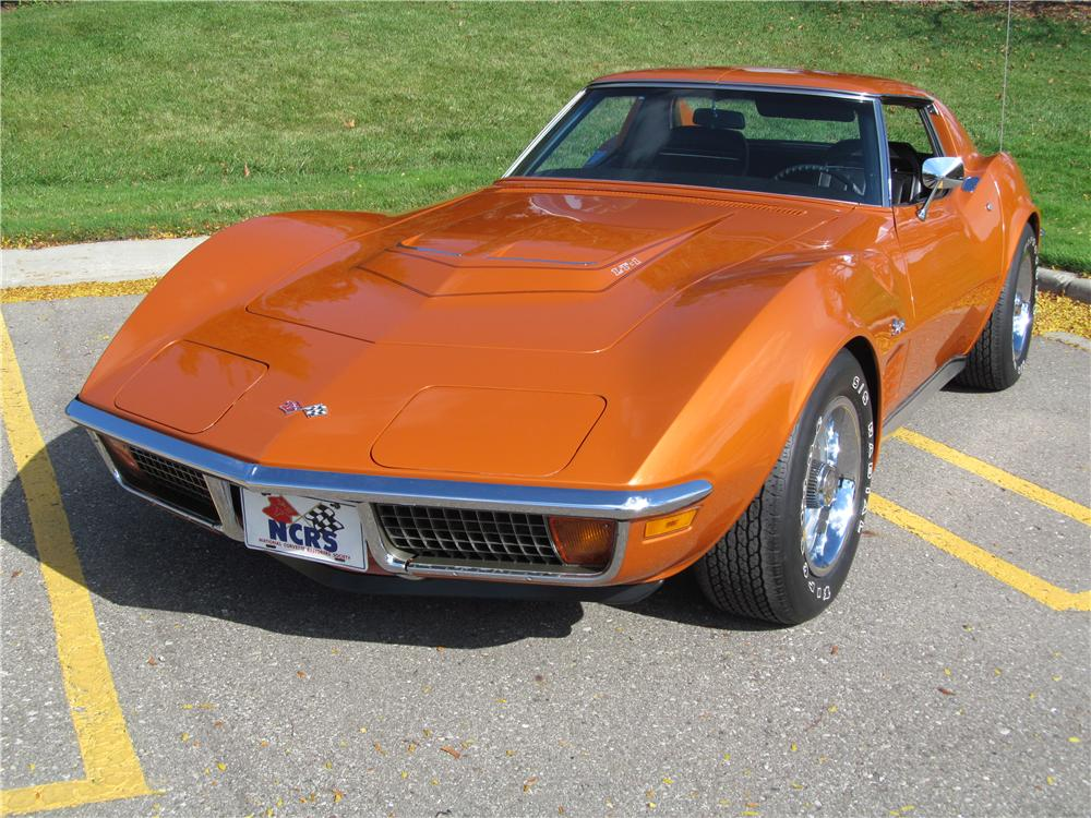 1972 CHEVROLET CORVETTE 2 DOOR COUPE - Front 3/4 - 137740