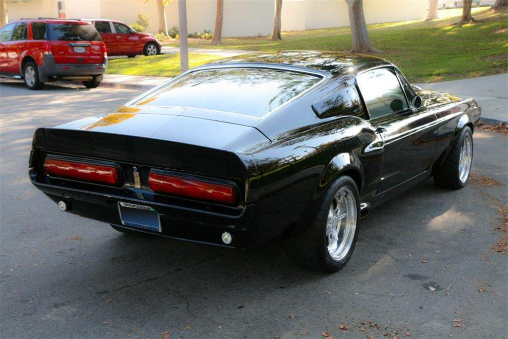1968 FORD MUSTANG CUSTOM FASTBACK - Rear 3/4 - 137743