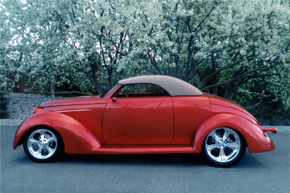 1936 FORD CUSTOM ROADSTER - Side Profile - 137744