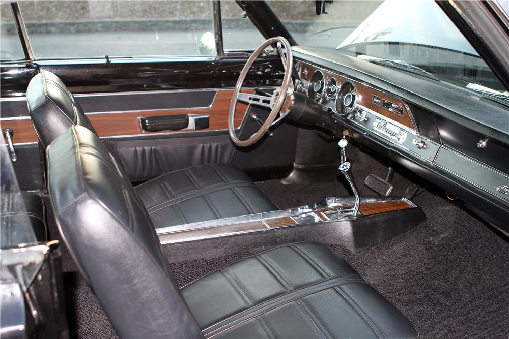 1969 PLYMOUTH BARRACUDA FORMULA S FASTBACK - Interior - 137758