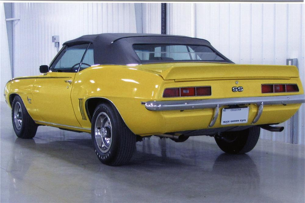 1969 CHEVROLET CAMARO SS CONVERTIBLE - Rear 3/4 - 137762