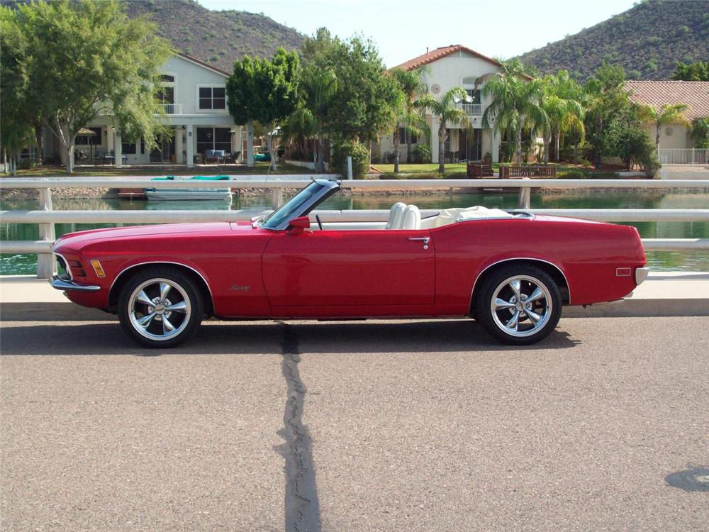 1970 FORD MUSTANG CONVERTIBLE - Side Profile - 137772
