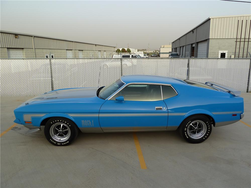 1971 FORD MUSTANG MACH 1 FASTBACK - Side Profile - 137783
