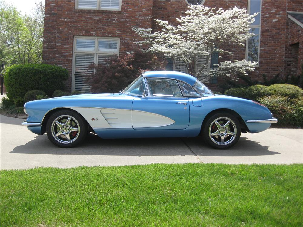 1959 CHEVROLET CORVETTE CUSTOM CONVERTIBLE - Side Profile - 137789