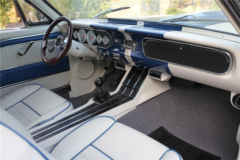 1965 FORD MUSTANG CUSTOM FASTBACK - Interior - 137793