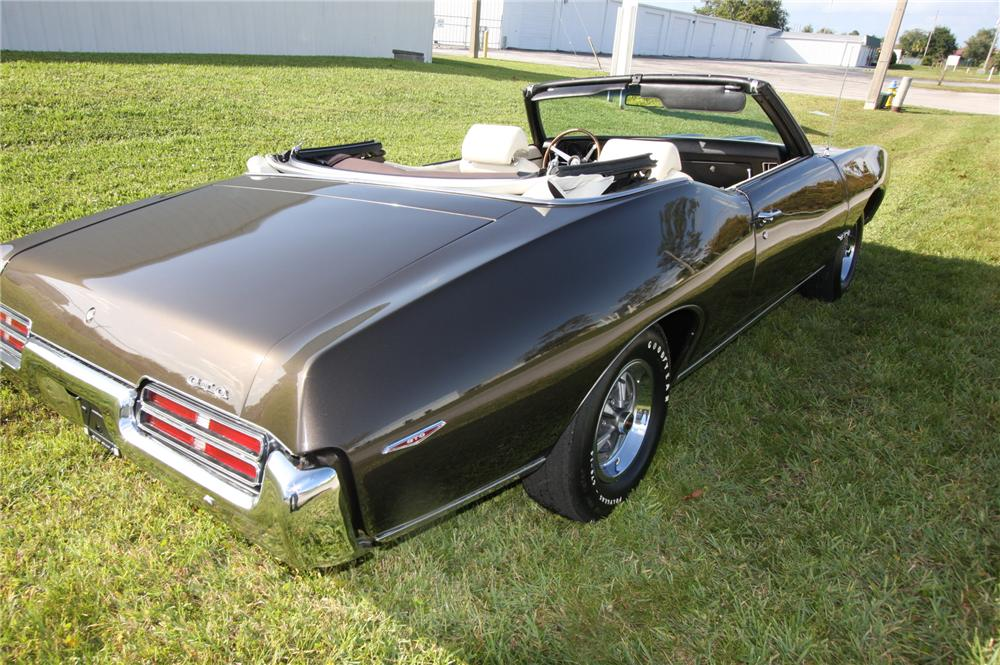 1969 PONTIAC GTO CONVERTIBLE - Rear 3/4 - 137811