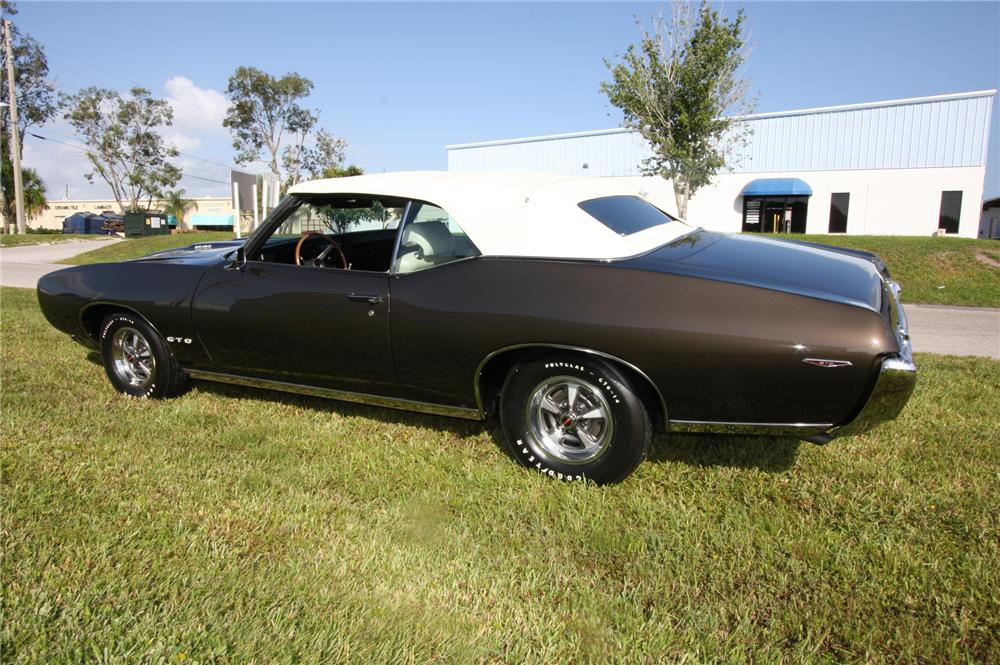 1969 PONTIAC GTO CONVERTIBLE - Side Profile - 137811