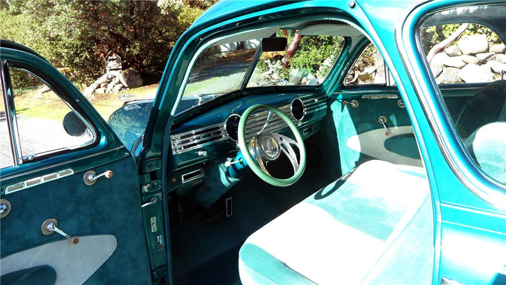 1941 CHEVROLET CUSTOM 2 DOOR COUPE - Interior - 137822