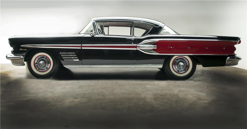 1958 PONTIAC BONNEVILLE 2 DOOR HARDTOP - Side Profile - 137827