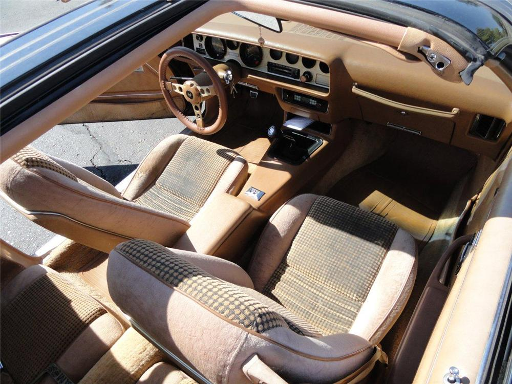 1979 PONTIAC TRANS AM COUPE - Interior - 137835
