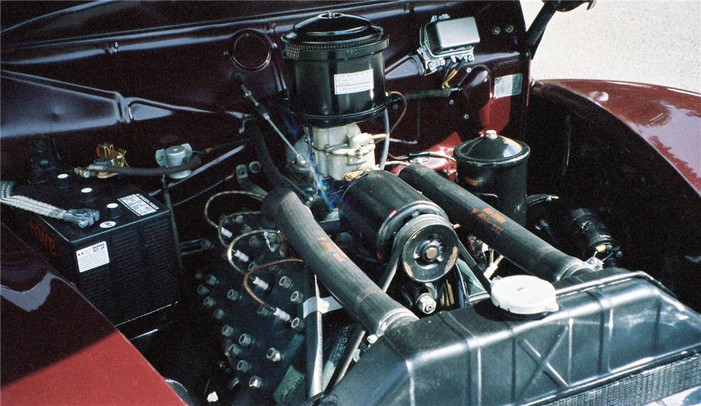 1940 MERCURY CONVERTIBLE - Engine - 137837