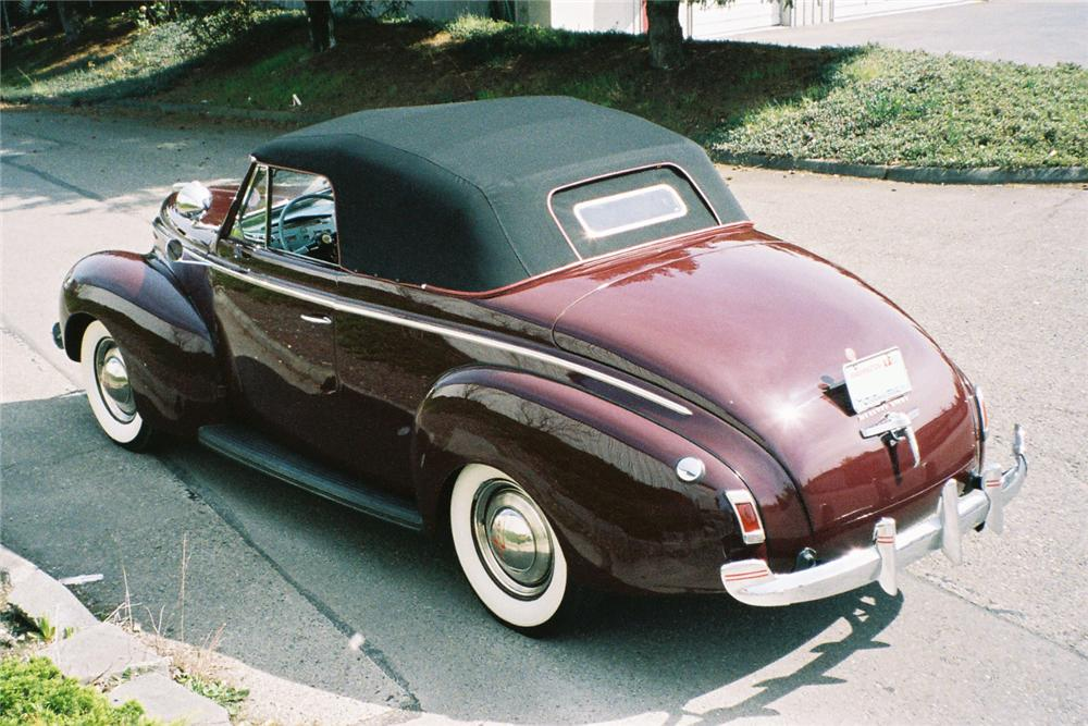 1940 MERCURY CONVERTIBLE - Rear 3/4 - 137837