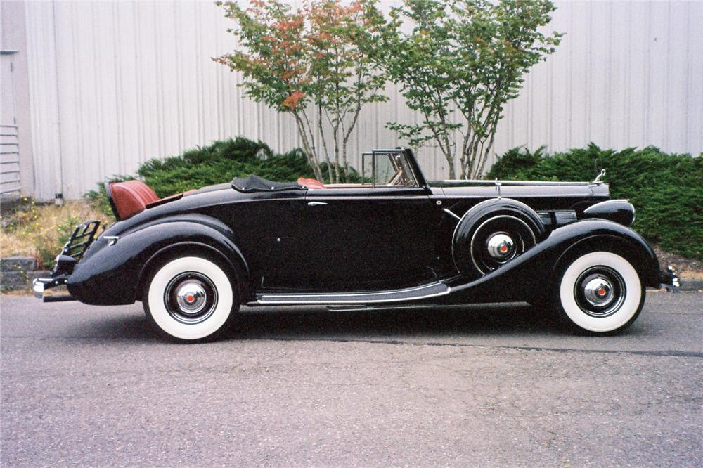 1937 PACKARD SUPER 8 CONVERTIBLE - Side Profile - 137843