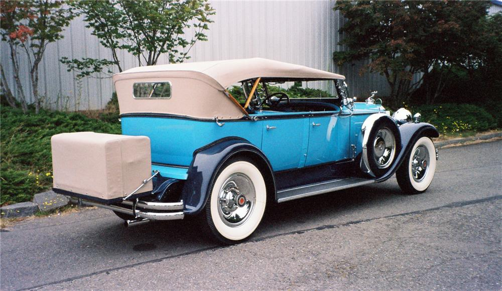 1930 PACKARD CUSTOM EIGHT DUAL COWL SPORT PHAETON - Rear 3/4 - 137844
