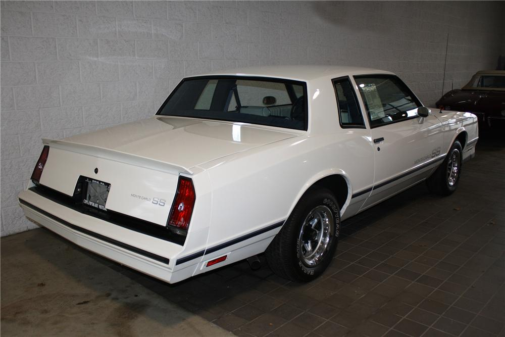 1983 CHEVROLET MONTE CARLO SS 2 DOOR COUPE - Rear 3/4 - 137846