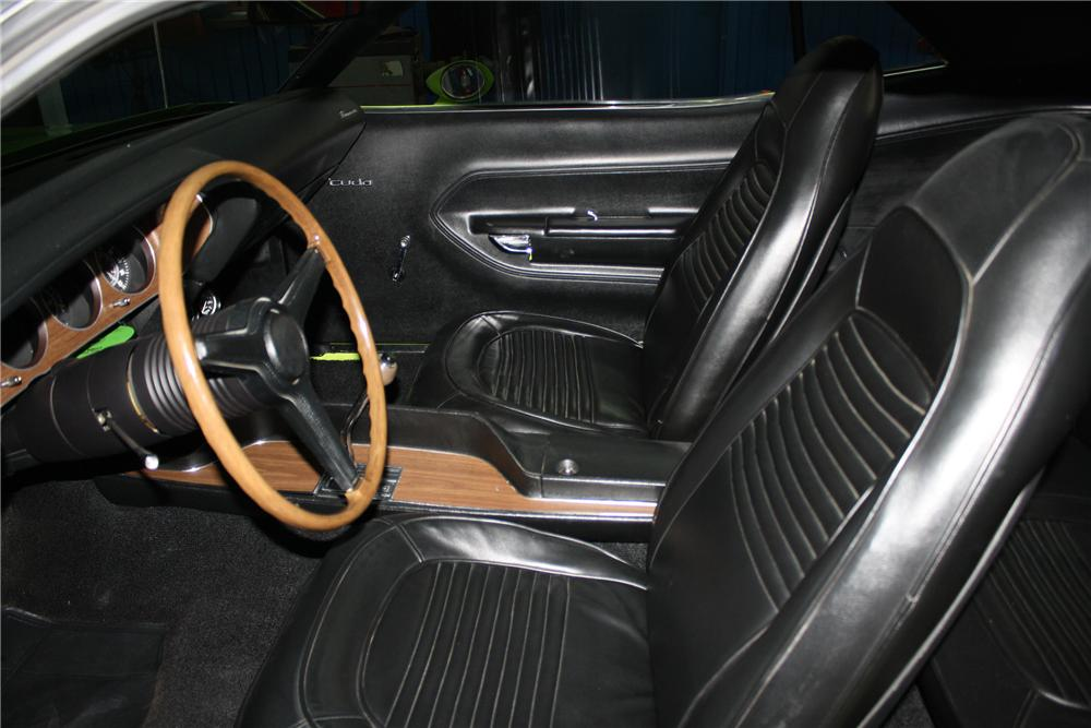 1970 PLYMOUTH BARRACUDA HEMI CUDA RE-CREATION - Interior - 137848