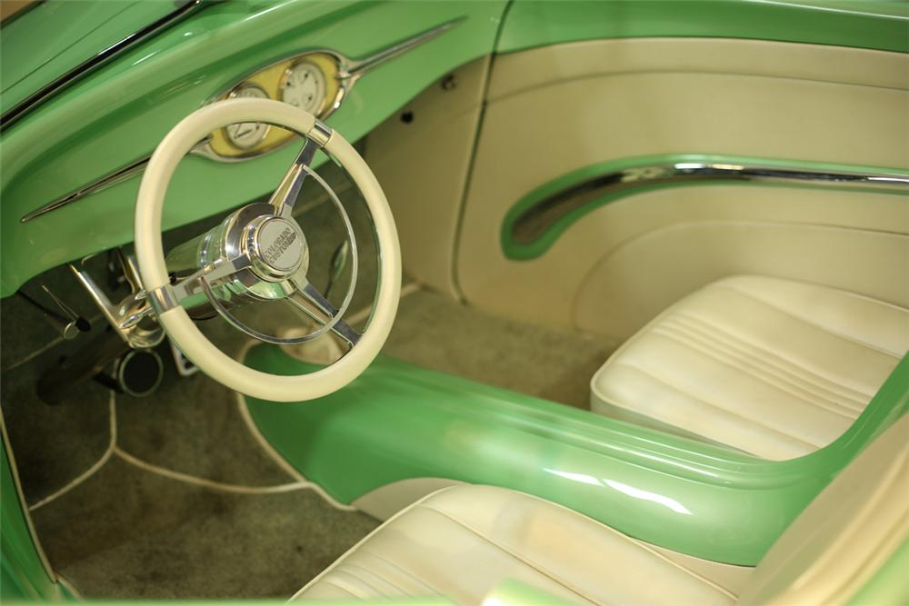1934 FORD CUSTOM ROADSTER - Interior - 137887