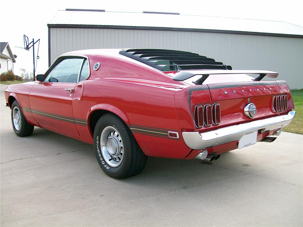 1969 FORD MUSTANG FASTBACK - Rear 3/4 - 137889