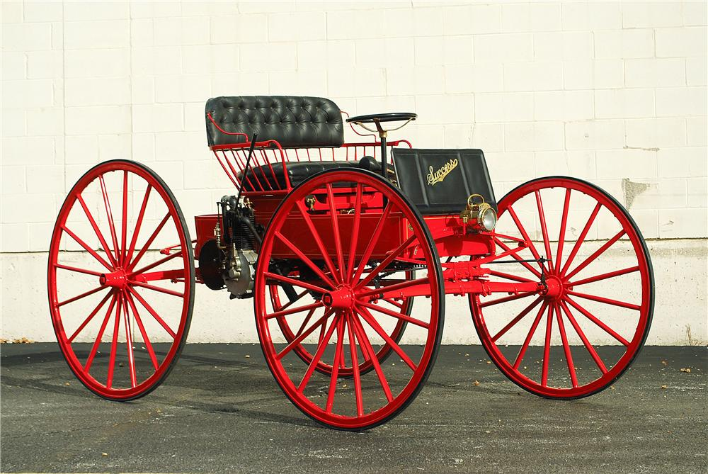 1906 SUCCESS MOTOR BUGGY - Front 3/4 - 137908