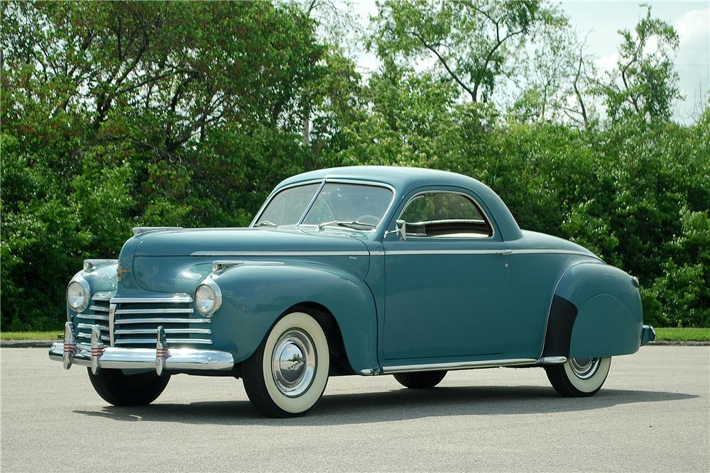 1941 CHRYSLER ROYAL COUPE - Front 3/4 - 137913