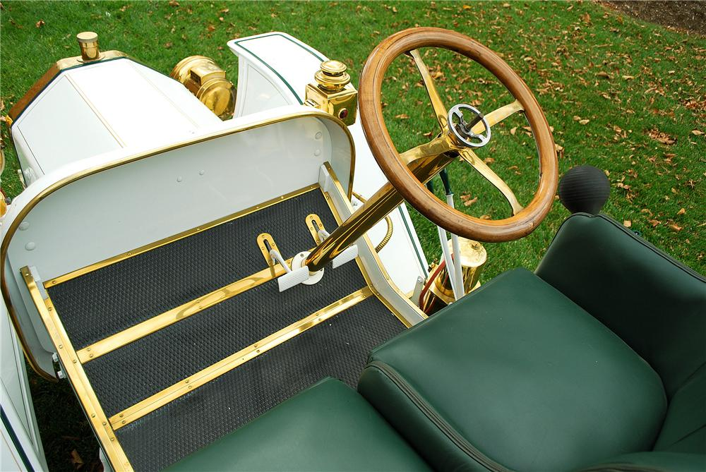 1911 BUICK 14B ROADSTER - Interior - 137915
