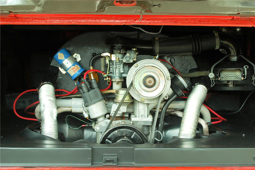 1965 VOLKSWAGEN TYPE II DELUXE MICRO BUS - Engine - 137918