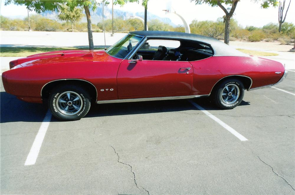 1969 PONTIAC GTO 2 DOOR HARDTOP - Side Profile - 137924