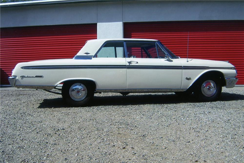 1962 FORD GALAXIE 500 XL 2 DOOR HARDTOP - Side Profile - 137931