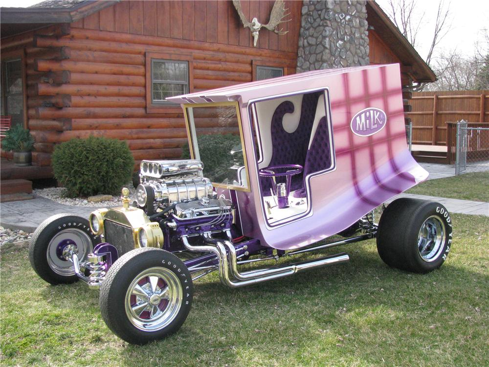 1965 CUSTOM BUILT MILK TRUCK - Front 3/4 - 137932
