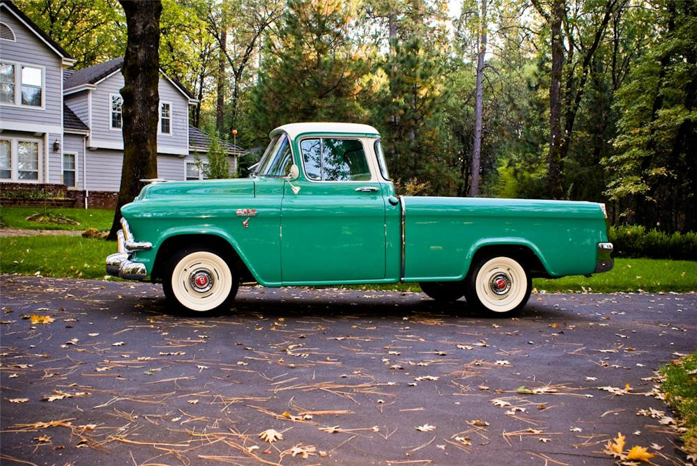 1956 GMC SUBURBAN PICKUP - Side Profile - 137937