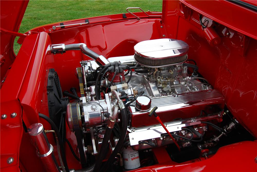 1956 FORD F-100 CUSTOM PICKUP - Engine - 137946