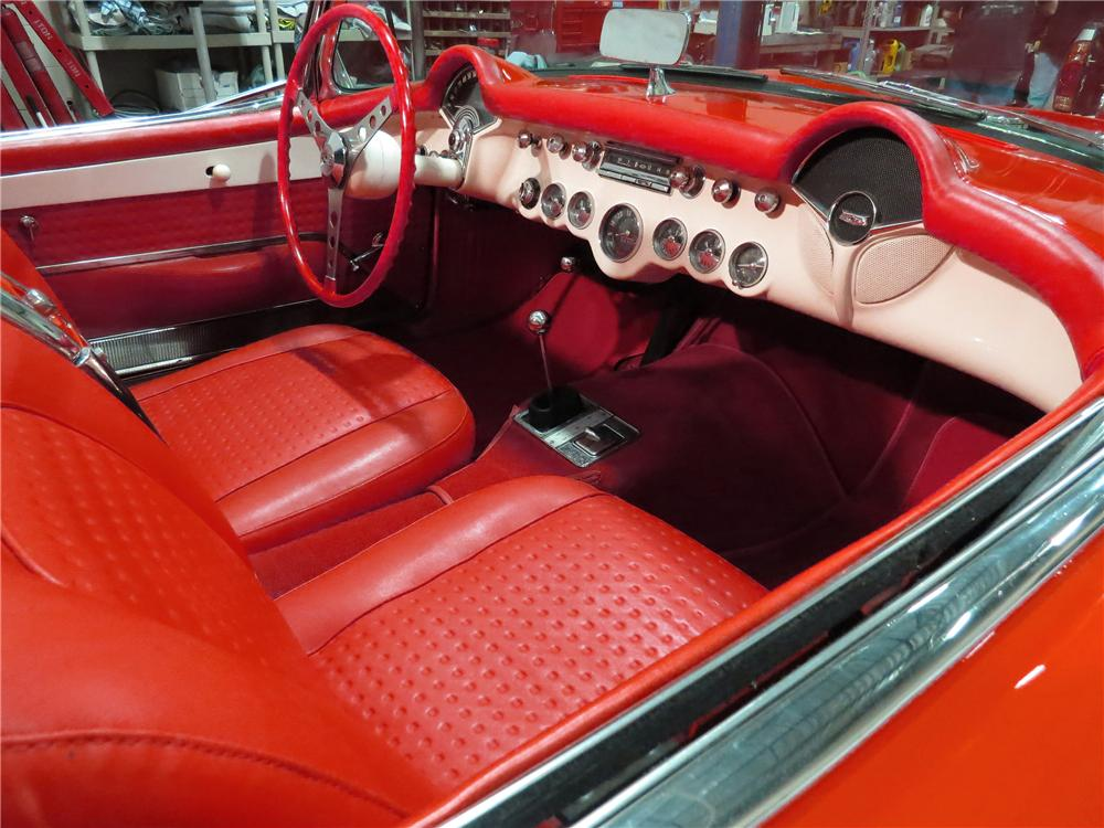1957 CHEVROLET CORVETTE CONVERTIBLE - Interior - 137947