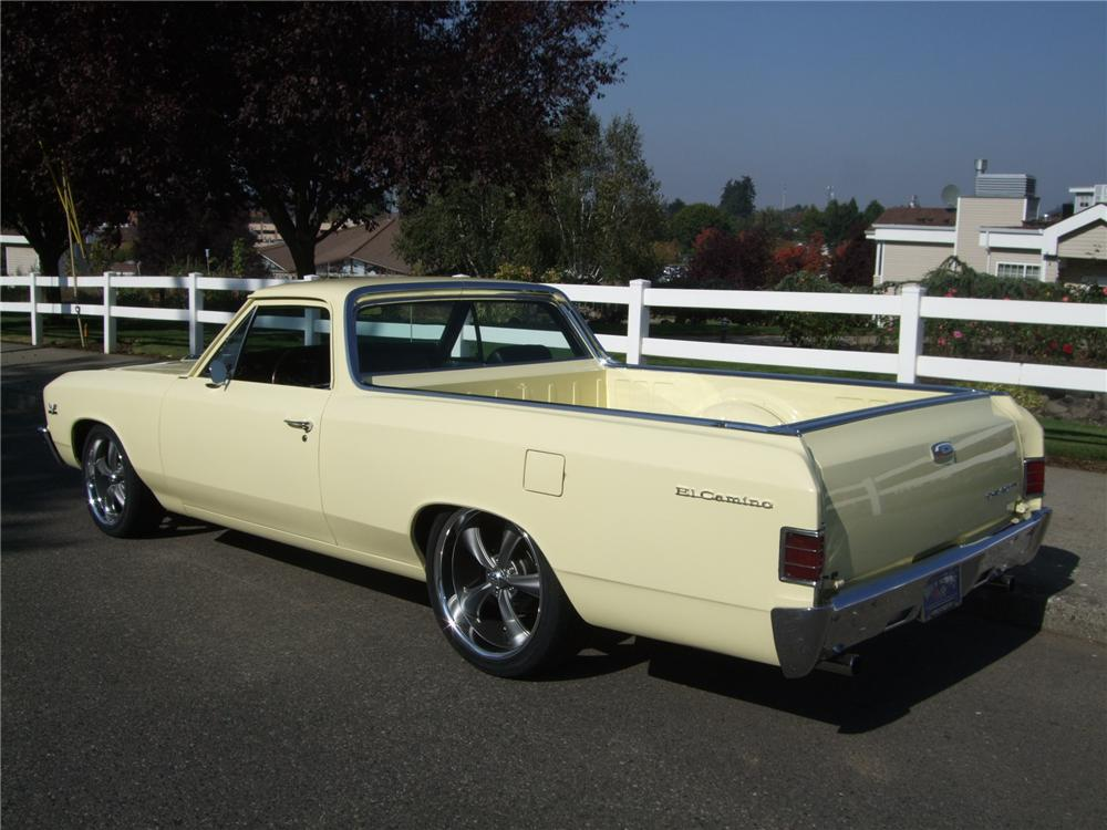1967 CHEVROLET EL CAMINO CUSTOM PICKUP - Rear 3/4 - 137954