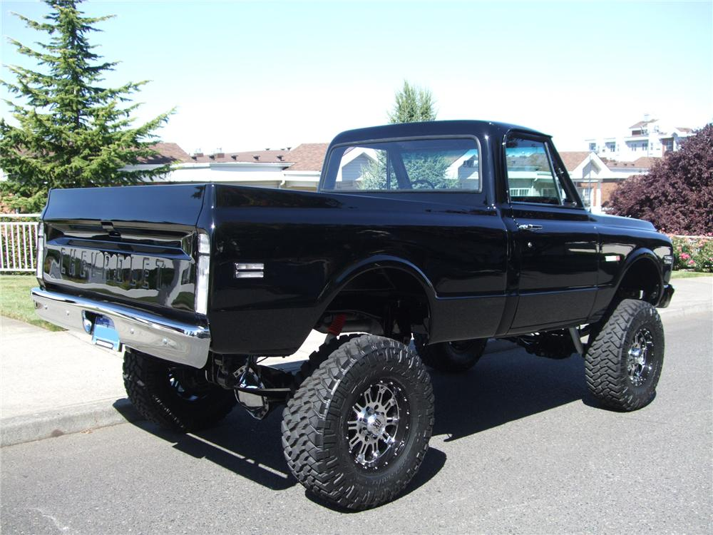1972 CHEVROLET CHEYENNE CUSTOM 4X4 PICKUP - 137956