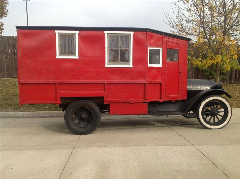1919 REO SPEEDWAGON HOUSE CAR - Side Profile - 137988