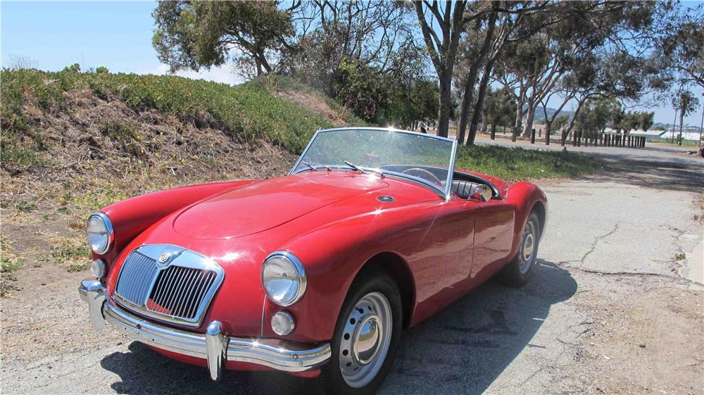1960 MG A ROADSTER - Front 3/4 - 137997