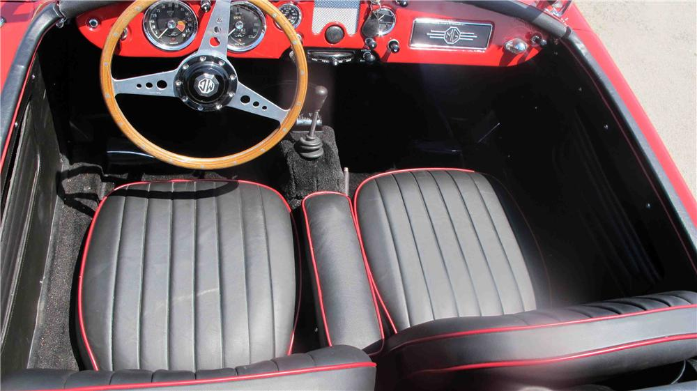1960 MG A ROADSTER - Interior - 137997