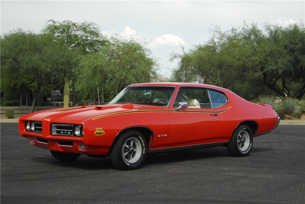 1969 PONTIAC GTO JUDGE 2 DOOR COUPE - Front 3/4 - 138005