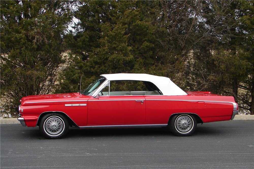 1963 BUICK SKYLARK CONVERTIBLE - Side Profile - 138011