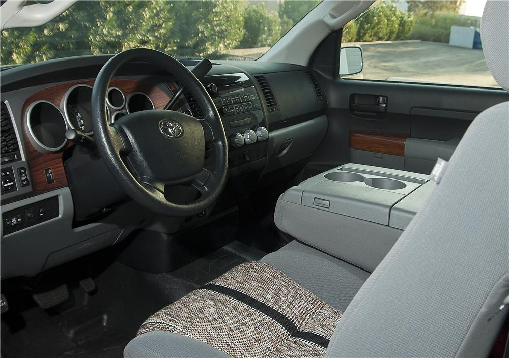 2011 TOYOTA TUNDRA CUSTOM PICKUP - Interior - 138017