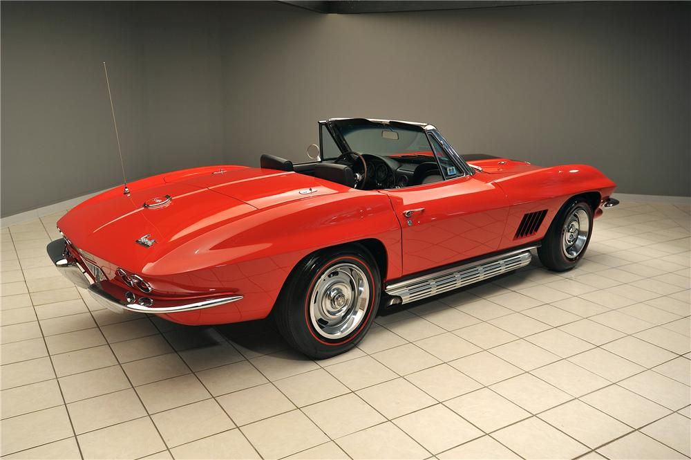 1967 CHEVROLET CORVETTE CONVERTIBLE - Rear 3/4 - 138018