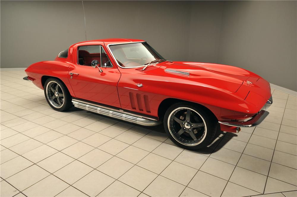 1965 CHEVROLET CORVETTE CUSTOM 2 DOOR COUPE - Front 3/4 - 138030