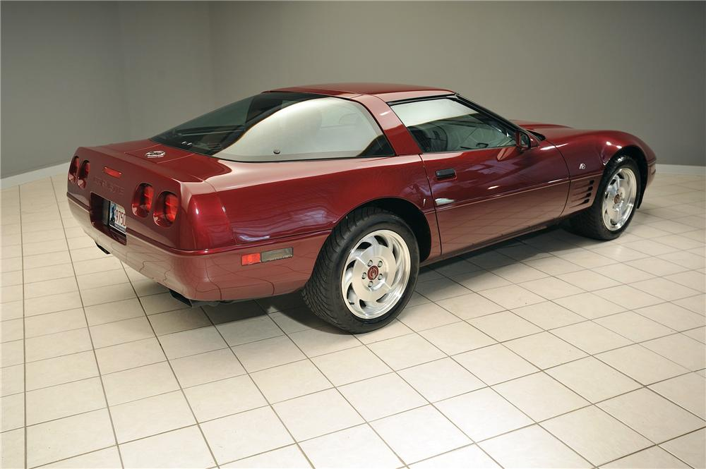 1993 CHEVROLET CORVETTE 2 DOOR COUPE - Rear 3/4 - 138047