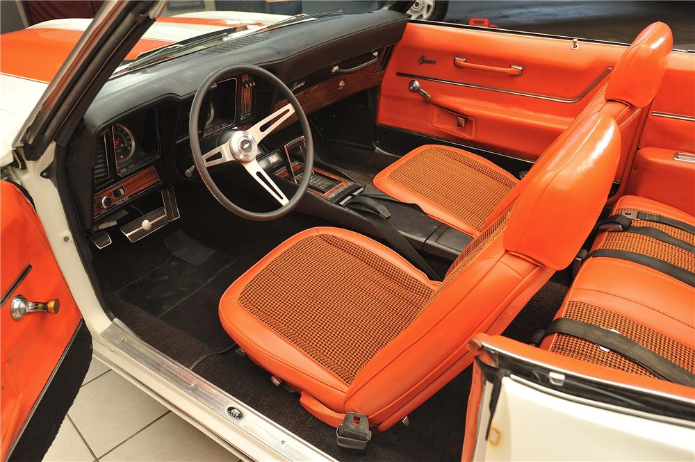 1969 CHEVROLET CAMARO INDY PACE CAR CONVERTIBLE - Interior - 138048