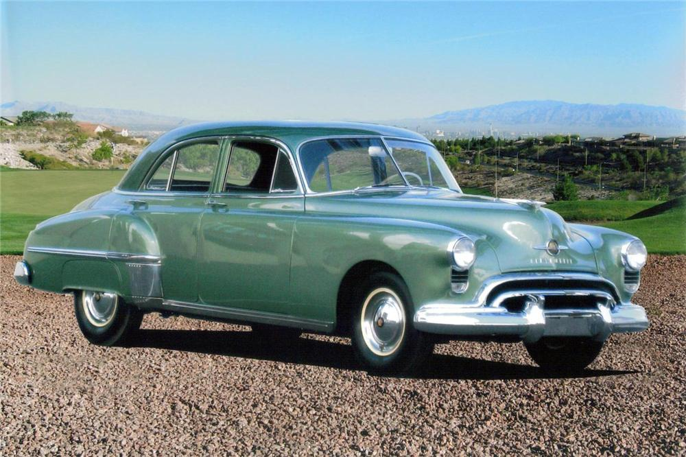 1949 OLDSMOBILE SERIES 76 4 DOOR SEDAN - Front 3/4 - 138064