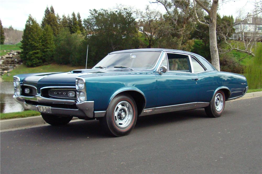 1967 PONTIAC GTO 2 DOOR POST - Front 3/4 - 138073